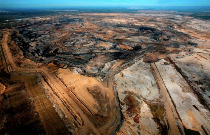 Canada's Alberta Tar Sands Mining Pits