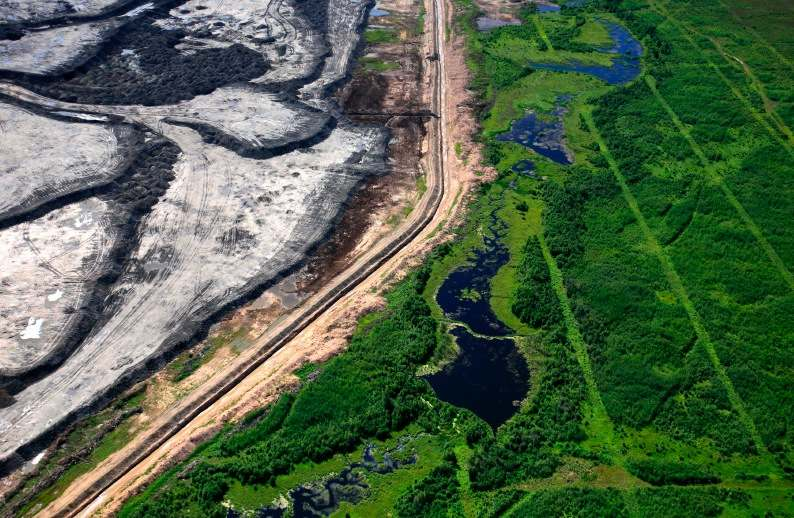 Canada's tar sands projects visible from space
